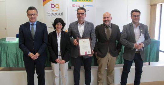 Ocio Sport obtiene el certificado 'Bequal' de RSC con las personas con discapacidad